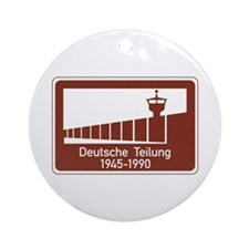 Berlin Wall 1945-1990, Germany Ornament (Round)