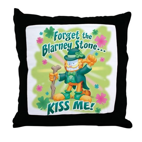 Kiss Me! Garfield Throw Pillow