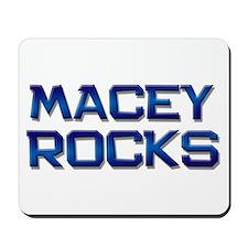 macey rocks Mousepad