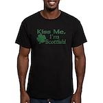 Kiss Me I'm Scottish Men's Fitted T-Shirt (dark)