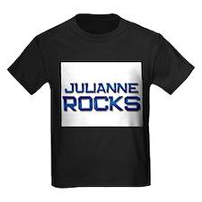 julianne rocks T