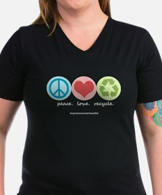 """""""peace. love. recycle"""" Shirt"""