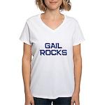 gail rocks Women's V-Neck T-Shirt