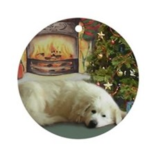 Great Pyrenees Christmas Ornament (Rd), Christmas