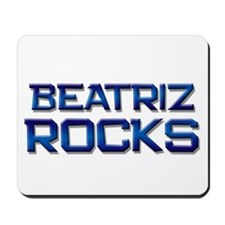 beatriz rocks Mousepad
