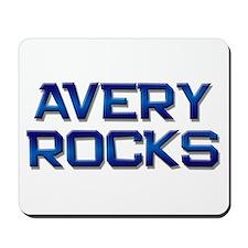 avery rocks Mousepad