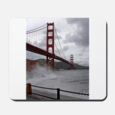 foggy golden gate Mousepad