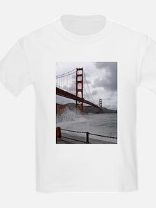 foggy golden gate T-Shirt