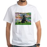 Lilies / Flat Coated Retrieve White T-Shirt