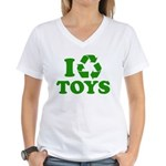 I Recycle Toys Women's V-Neck T-Shirt
