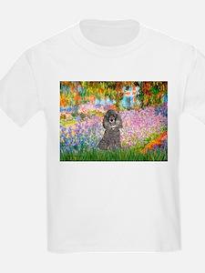Garden / Poodle (Silver) T-Shirt