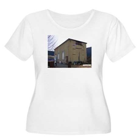 Engine Shed Women's Plus Size Scoop Neck T-Shirt