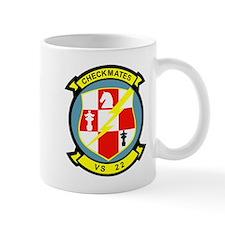 vs-22_checkmates Mugs