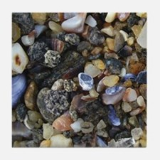 Pebbles & Shells Wall Tile (left)