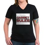 garret rules Women's V-Neck Dark T-Shirt