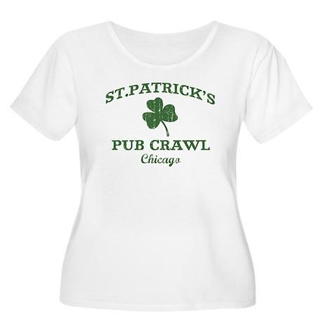 Chicago pub crawl Women's Plus Size Scoop Neck T-S