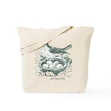 BIRD/nest Tote Bag