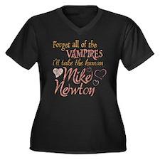 Twilight Mike Newton Women's Plus Size V-Neck Dark