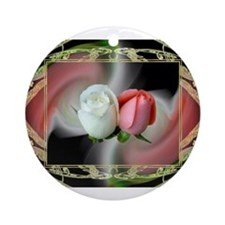 HnH Floral August Ornament (Round)