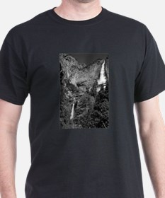 Yosemite Falls B&W Black T-Shirt
