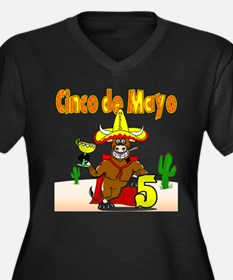 Unique Mexican heritage Women's Plus Size V-Neck Dark T-Shirt