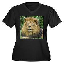 Lion - close up Women's Plus Size V-Neck Dark T-Sh