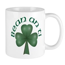 Woman of the House (Gaelic) Mug