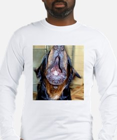 Howling rottie Long Sleeve T-Shirt