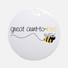 great aunt to be shirt Ornament (Round)