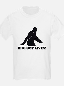BIGFOOT LIVES RETRO VINTAGE T Kids T-Shirt