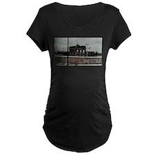 bb_gate_1 Maternity T-Shirt