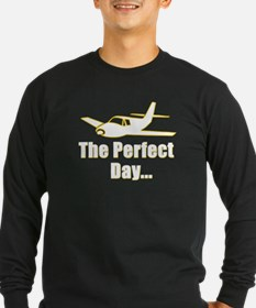 Airplane flying Long Sleeve T-Shirt