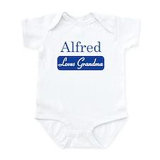 Alfred loves grandma Infant Bodysuit