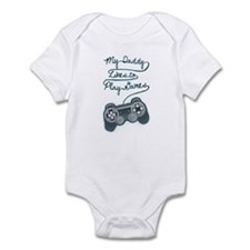 Daddy Plays Game Infant Bodysuit