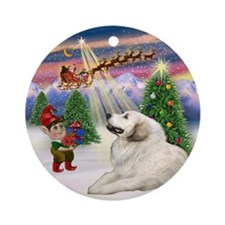 Great Pyrenees & Christmas Tree Ornament (Round)