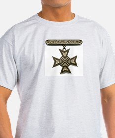 sharpshooter medal T-Shirt