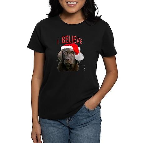 Chocolate Lab Christmas Puppy Women's Dark T-Shirt
