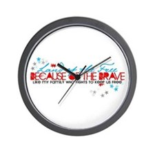 Land of the free: Family Wall Clock