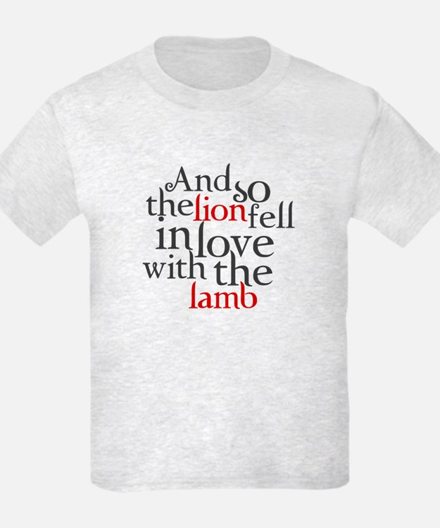 Lion fell in love with lamb T-Shirt