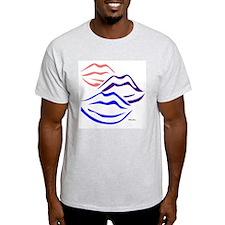3 kisses (tri-colored) T-Shirt