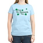 Happy St. Patrick's Day Green Shamrocks Women's Li