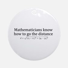 Mathematicians know how to go the distance Ornamen
