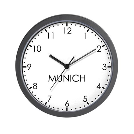MUNICH Modern Newsroom Wall Clock