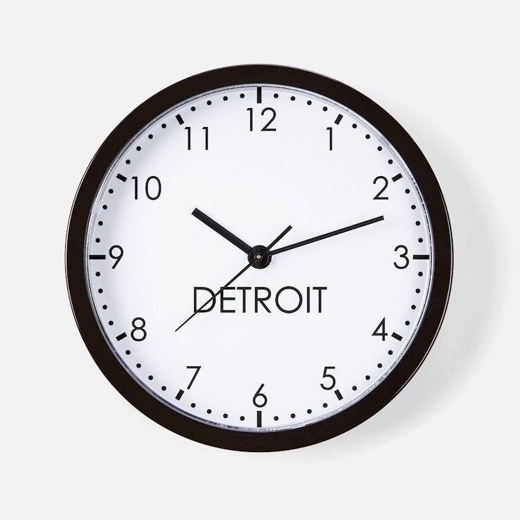 DETROIT Modern Newsroom Wall Clock