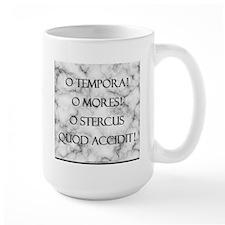 Sh*t Happens (Latin) Mug