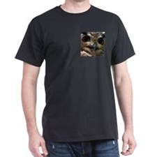 Mysterious Owl! Black T-Shirt