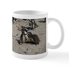 Penguin family moment Mugs