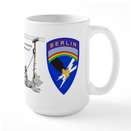 9539th_bev Mugs
