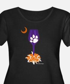 Tipsy Tiger Women's Plus Size Scoop Neck Shirt
