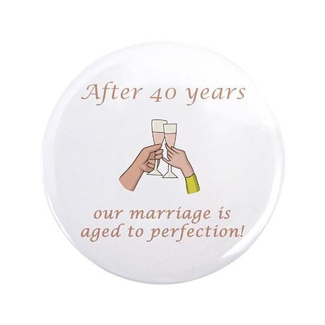 """40th Anniversary Wine glasses 3.5"""" Button"""
